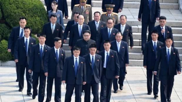 왜 북한은 김정은 호위부대를 넷으로 쪼갰을까?