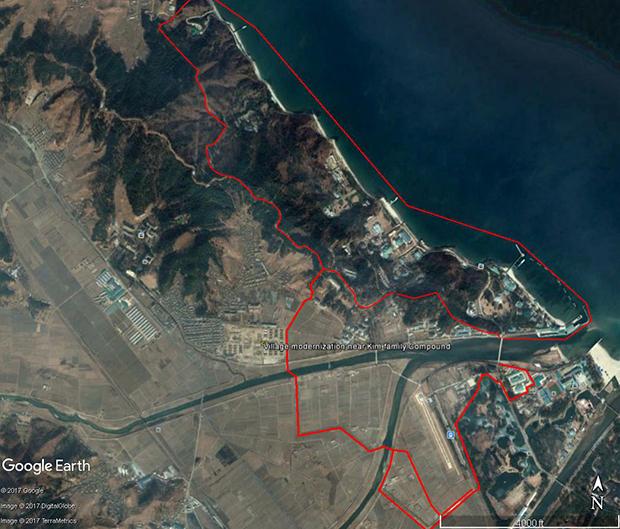 김정은 위원장의 별장과 새로 조성 중인 주거단지의 위치를 확인해 볼 수 있는 전체 모습