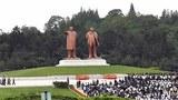 김일성 사망 20주기를 맞아 8일 북한 주민과 군 장병이 김일성 동상을 찾았다고 조선중앙통신이 보도했다.