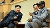 지난 1월 8일 북한 김정은 국방위원회 제1위원장이 평양체육관에서 데니스 로드먼과 농구경기를 관람하고 있다.