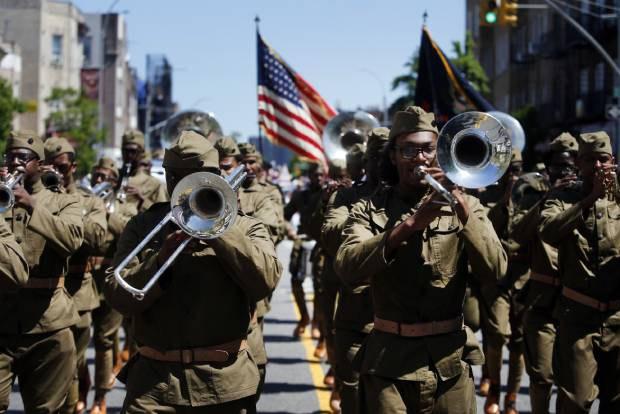 memorialday_parade_b
