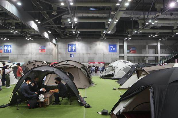 캠핑, 돈 쓰고 고생하며 야영하는 이유