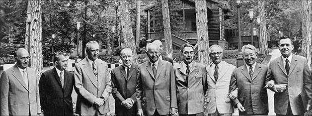 communist_country_leaders_b