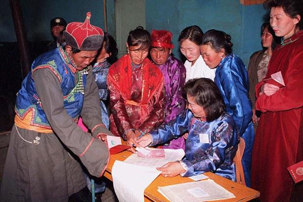 vote_MONGOLIA_b