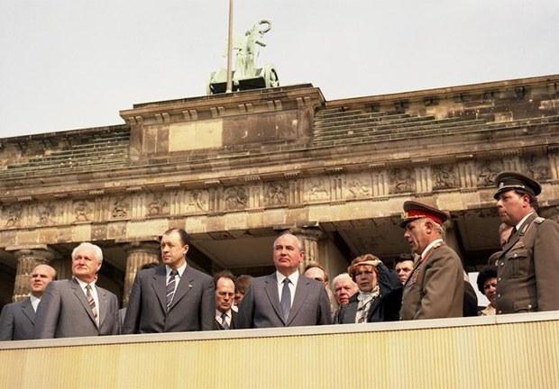 gorbachev_visit_germany-620.jpg