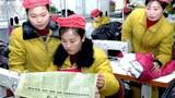 reading_paper_kaesong_girls-305.jpg