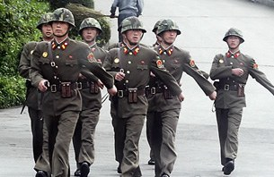nk_soldiers_305