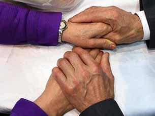 grip_hands_305