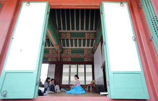 palace_culture_b