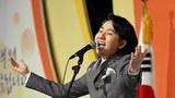 팝페라 가수 임형주씨가 '제33회 장애인의 날'기념식에서 축가를 부르고 있다.