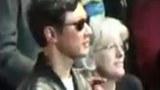 북한 김정은 친형 김정철이 지난 20일 영국 런던의 로열 앨버트 홀에서 열린 에릭 클랩튼 공연을 관람하고 있다.