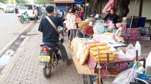 F-street-vender