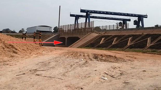 F-Railroad-underpass