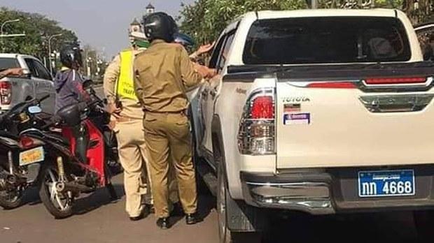 f-police-car