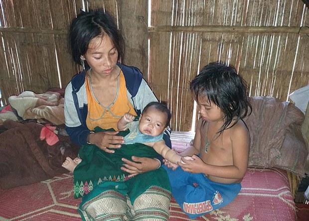 F-children-malnutrition
