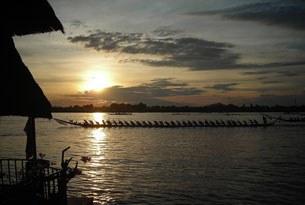 F-lao-culture-boats