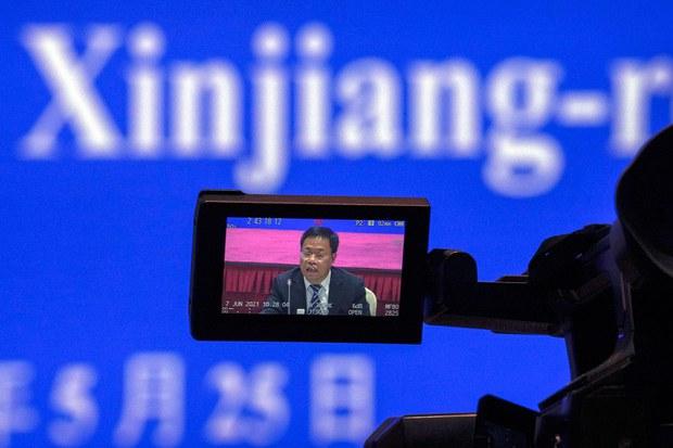 《纽约时报》揭露中国当局借海外社交媒体开展新疆政治宣传