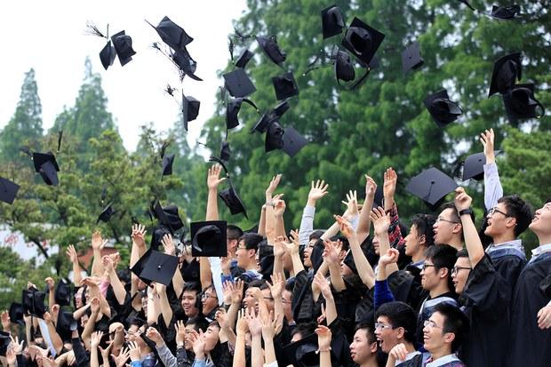 中國大學畢業生明年預計將突破九百萬