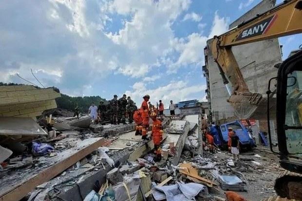 湖南汝城大楼倒塌5人死亡