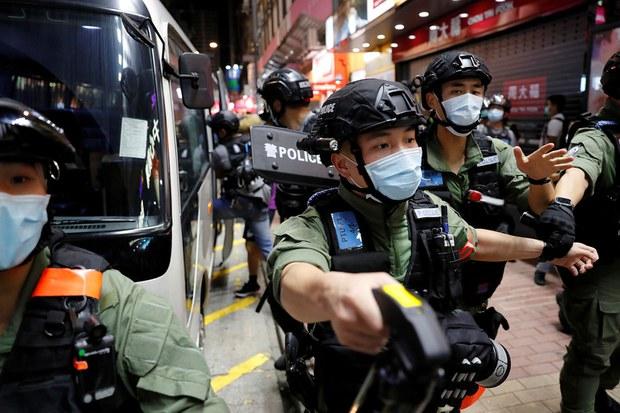 2020-09-06T142616Z_883633624_RC22TI9TVUZ3_RTRMADP_3_HONGKONG-SECURITY-PROTESTS.jpg