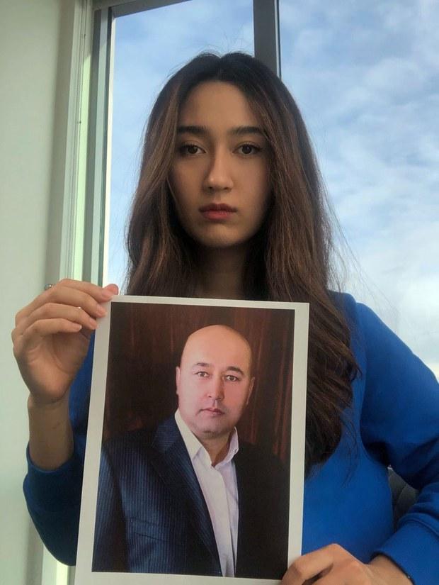 维族学者被判刑  女儿要求中共释放老父