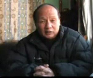 图片:上海维权律师郑恩宠接受本台粤语部专访
