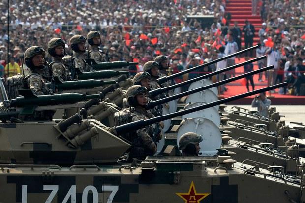 資料圖片:2019年10月1日,北京慶祝共產黨成立70週年的閱兵典禮。(AP)