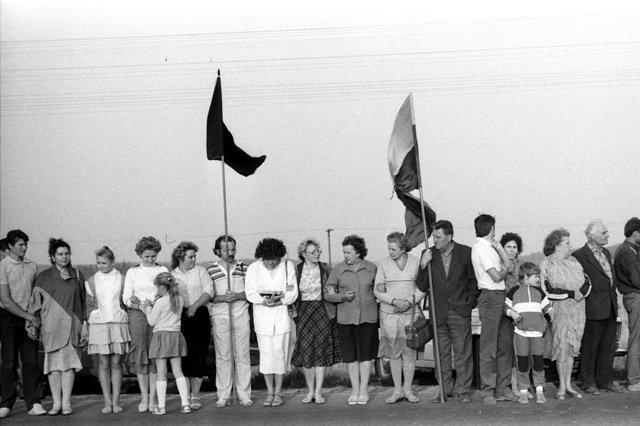 """1989年8月23日发生了""""波罗的海之路""""和平大示威,大约200万人加入了这场活动。(Public Domain)"""