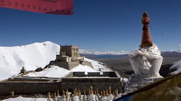 唯色RFA博客:在冈仁波齐遇到的行脚僧,及圣山南面的藏人与流亡的精神领袖(七)