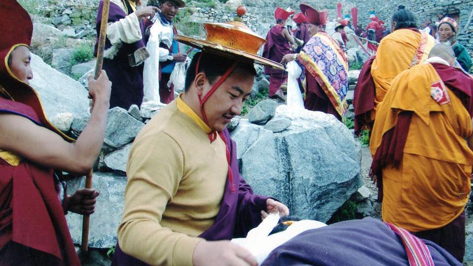 森給滇真仁波切在2008年去Limi地區。(Limi藏人提供)