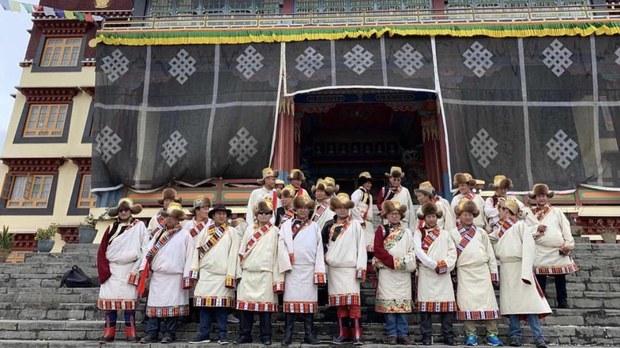 唯色RFA博客:在岡仁波齊遇到的行腳僧,及聖山南面的藏人與流亡的精神領袖(十四)
