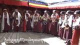 Limi藏人向信仰的法王供奉宣舞