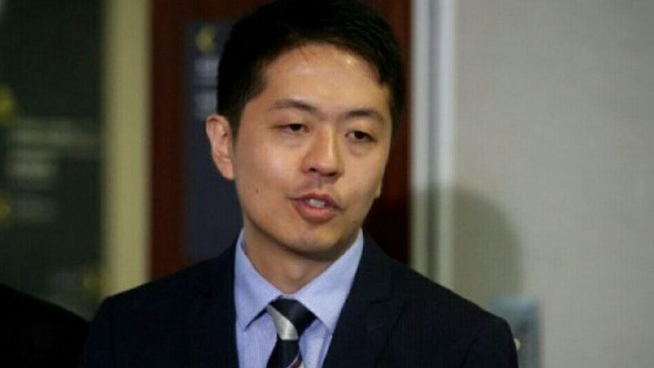 """立法会议员许智峰批评警方此举是""""行外人管行内人"""",""""让香港进一步变成一个警察城市"""" 。(资料照/许智峰脸书)"""
