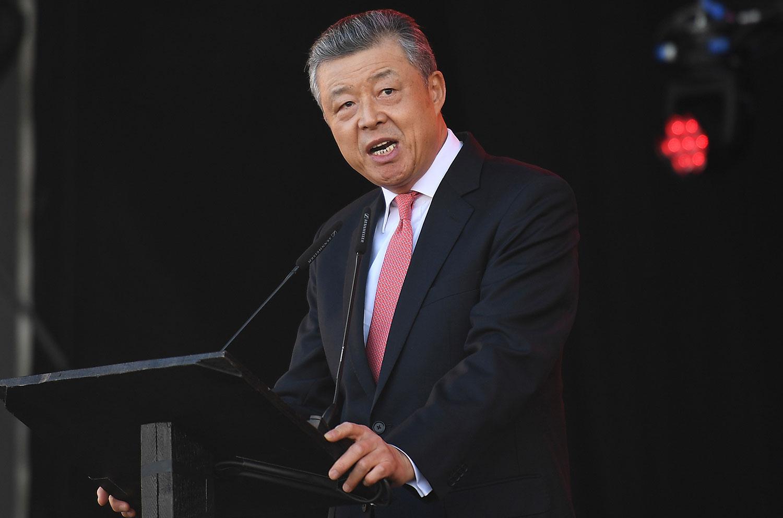 资料图片:中国驻英国大使刘晓明(法新社)