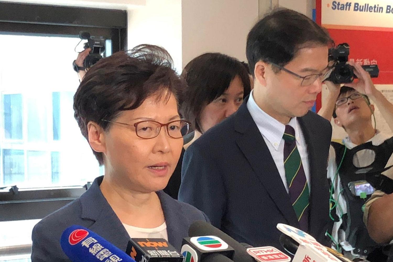 2019年7月15日,特首林郑月娥就反送中游行示威对媒体发表讲话。(路透社)