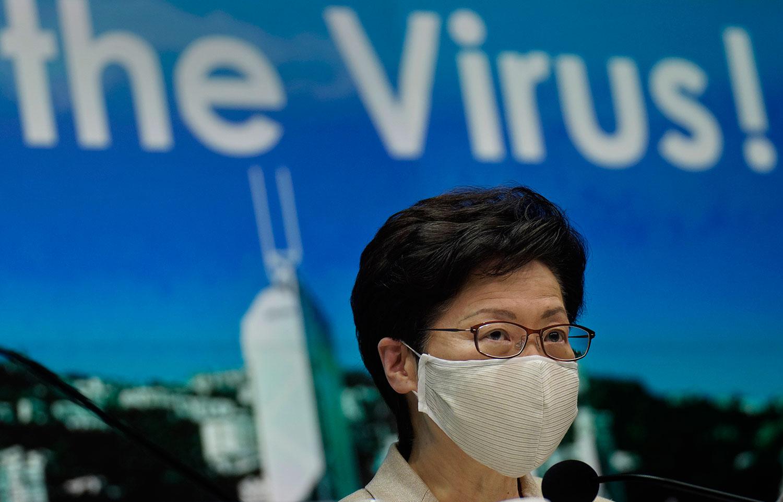 香港特首林郑月娥早于7月31日以疫情为由,宣布动用《紧急法》,押后原定在下月举行的第七届立法会选举一年。