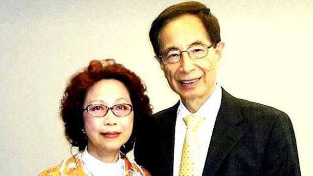 杨月清和李柱铭先生合影于2017年。(脸书图片)