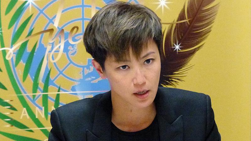 资料图片:2019年7月8日,香港歌手何韵诗在瑞士日内瓦举行的联合国人权理事会会议上发言。(美联社)