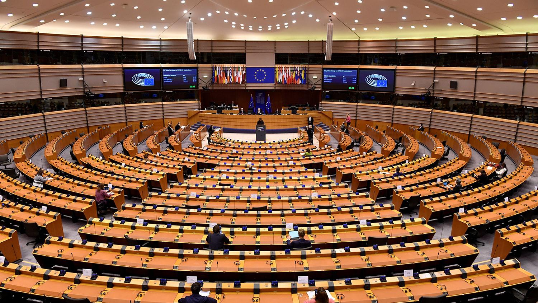 图为,2021年1月19日,在布鲁塞尔举行的欧盟议会。(AFP)