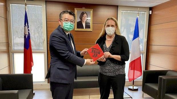 拜登政府首次美台官员会面 美国驻马赛总领事拜会台湾南法办事处