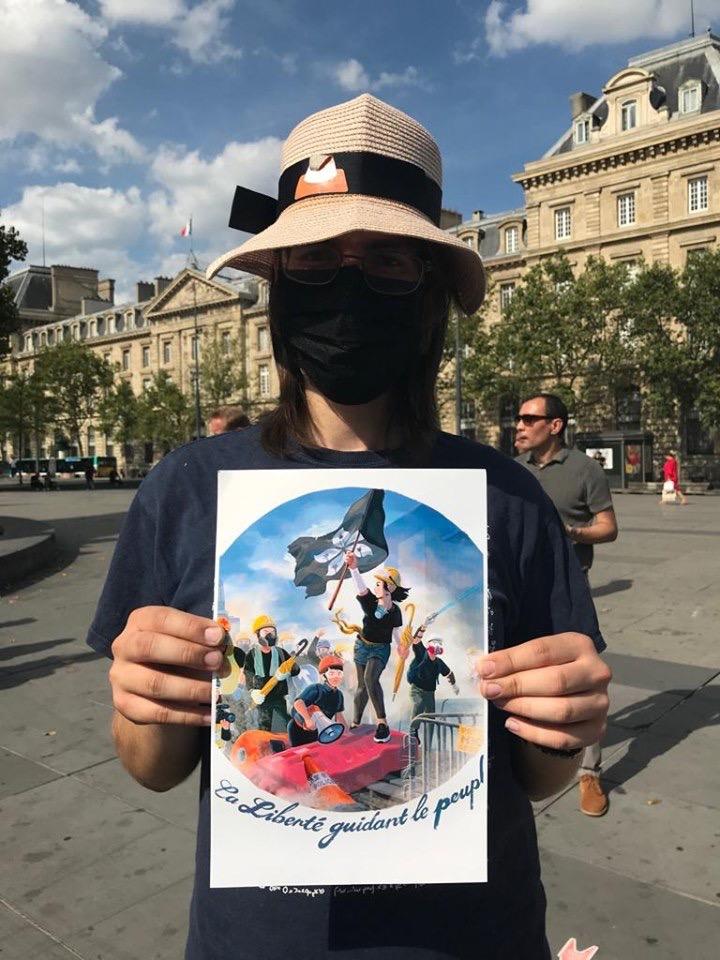 2019年8月31号,旅居法国的香港人在巴黎共和广场集会,以声援香港的民主运动。(蔡凌提供)