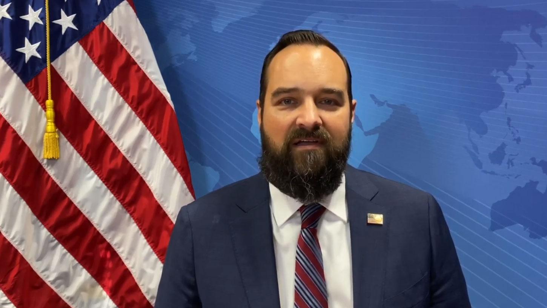 首次有美国驻联合国日内瓦分部常任代表布伦博格(Andrew Bremberg),发布3分钟视频呼吁邀请台湾恢复参与世卫大会。(U.S. Mission Geneva视频截图)