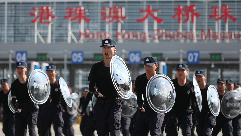 有分析则预期,未来的秘密警察不排除将来澳门保安司会与中国大陆当局合作,输送被认为合适的大陆人才,甚至拥有不受制约的权限。(路透社资料图片)