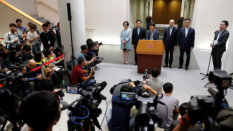 2019年11月11日,香港行政长官林郑月娥举行新闻发布会。(路透社)
