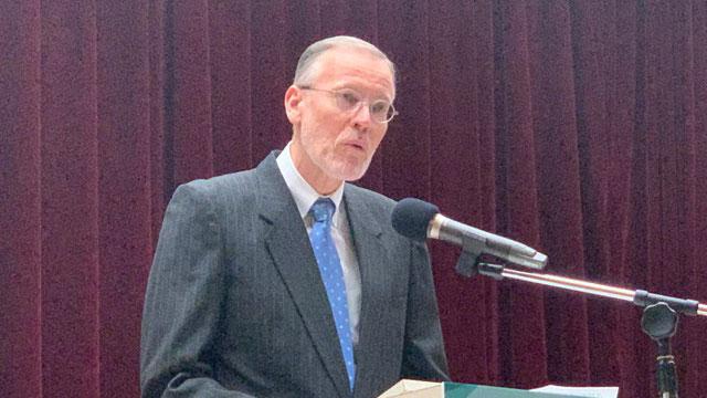 美国在台协会台北办事处长郦英杰建议台湾补上孔子学院关闭缺口。(记者 黄春梅摄)