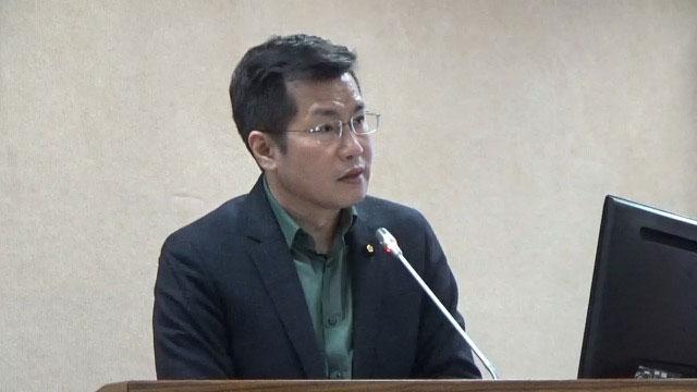"""民进党立委罗致政认为暂时要""""听其言、观其行""""。(资料照)"""