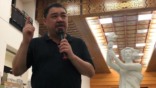 学运领袖吾尔开希推崇台湾是全世界最好的国家。(记者 夏小华摄)