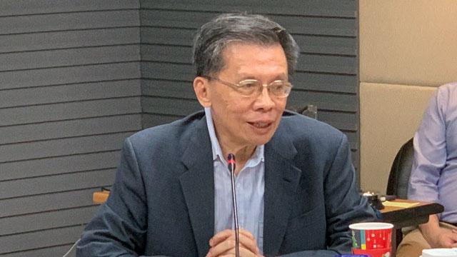 """民进党前立委沈富雄认为,军机绕台中共只是""""佯攻""""死守。(记者 黄春梅摄)"""