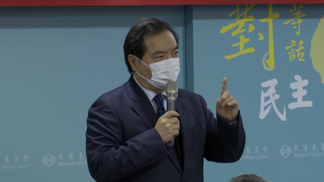 新任陆委会主委邱太三表示两岸疫后将恢复交流。(记者 李宗翰摄)
