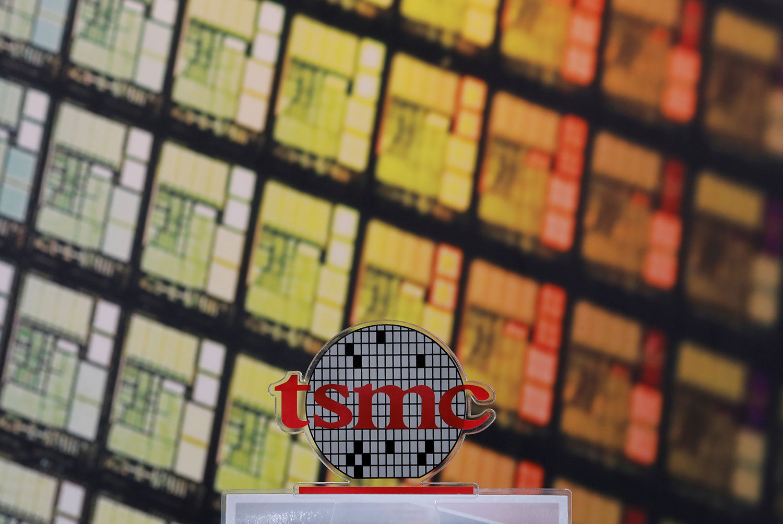 台湾在半导体占有举足轻重的地位,其中最受倚赖的正是台湾芯片制造大厂台积电(TSMC)。(路透社)